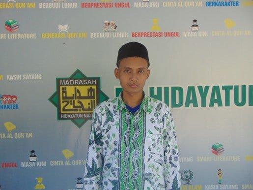 Moh Ifham Zahidi, S.Pd